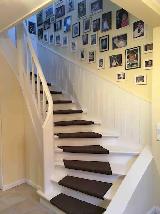 Treppenhaus zu den Zimmern