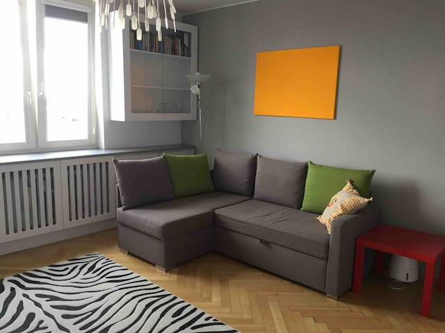 Beautiful sunny apartment in Żoliborz