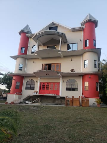 Two bedroom villa sea view, awesome sunset & birds