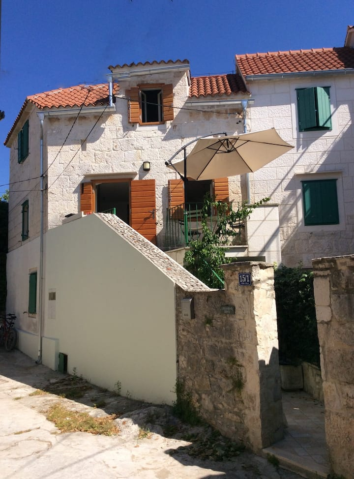 Traditional Stone House, Sutivan, Brac