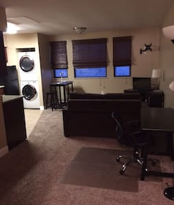 Renovated Condo near Hospitals, Pitt, CMU,Downtown - Pittsburgh
