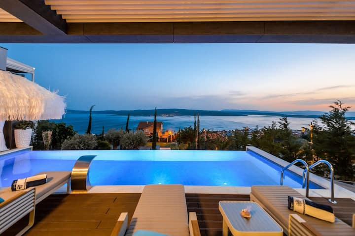 Luxury Villa Panorama with Sea View