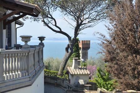 Dépendance con piscina e vista panoramica - Passignano Sul Trasimeno - Erillinen asuinyksikkö