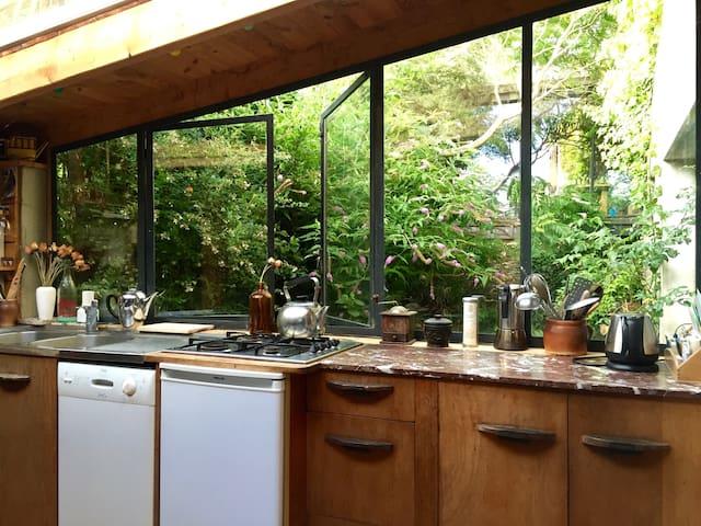 Maison bretonne atypique