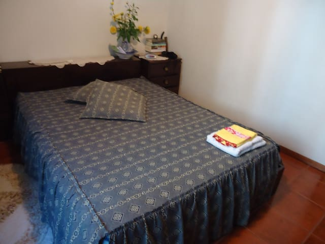 Room for couple in Aveiro