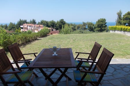 Ideal furnished vacation house - Posidi
