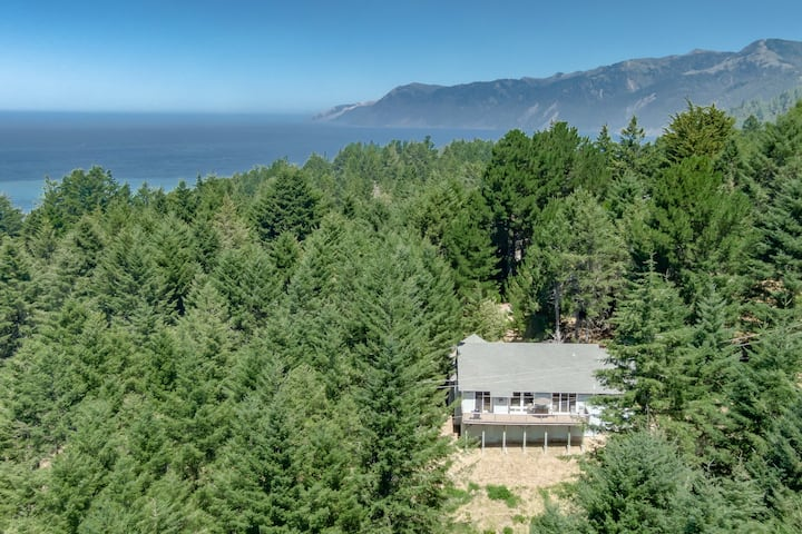 New listing! Secluded, family-friendly home near the beach w/ a furnished deck