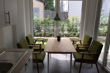 Sehr schöne Wohnung in Lemgo - Lemgo - Departamento