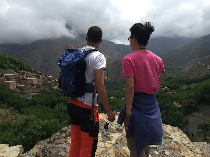injoying the atlas mountains view