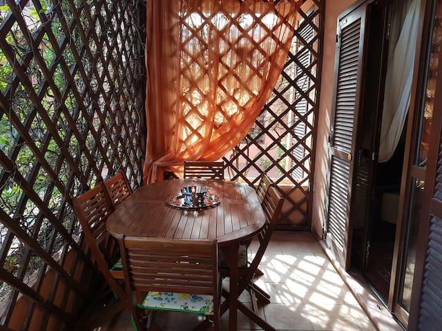 Elegant apartment w/swimming pool, garden ,veranda