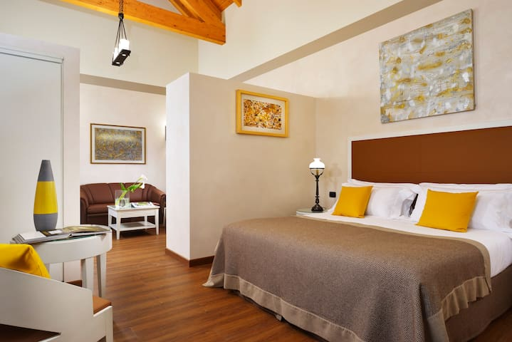 Junior Suite in the new Stables - Oleggio Castello - Hrad
