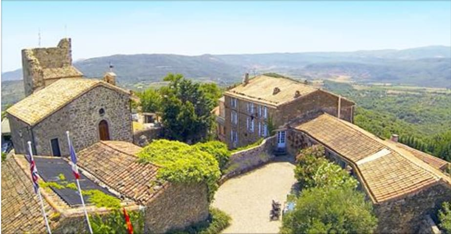 Chateau Olmet Guest House - Lodeve - Olmet-et-Villecun - Bed & Breakfast
