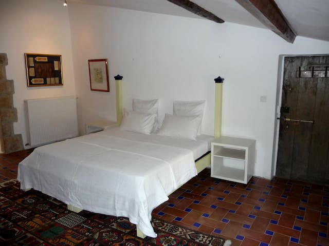 top 20 bed and breakfasts soubès: inns and b&bs - airbnb soubès