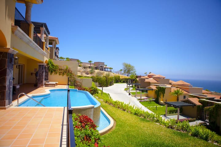 Increíble Villa en Quivira, Cabo San Lucas