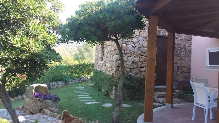 "NEW! Charming Sardinian ""nuraghe"" - Osseddu"