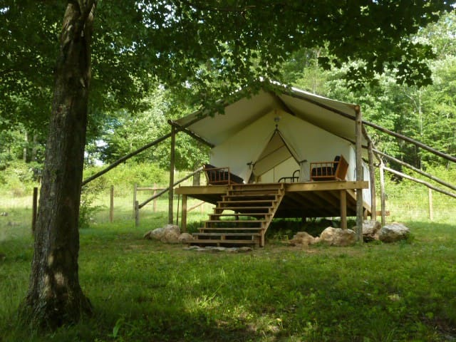 The Lee, glamping tent with deck