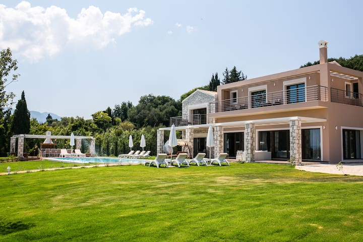 Luxury Villa Victoria - Kerkira - Willa