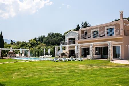 Luxury Villa Victoria - Kerkira - Villa