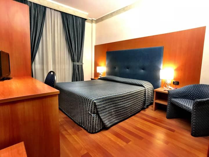 Camera Matrimoniale in Hotel Storico
