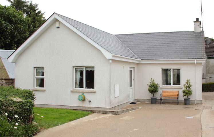 Cosy House in Perfect Location - Annalong - Maison