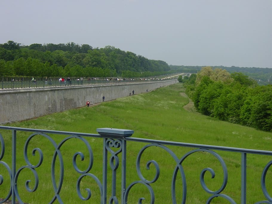 The walk along the Terrasse in the park of the Castle