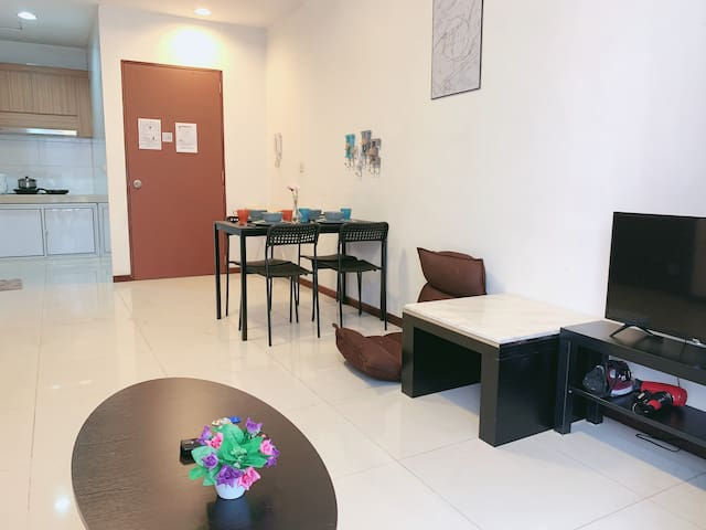 jojo house - 2 bedroom apartment-for china friend