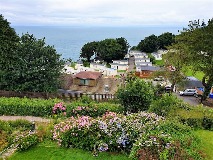 Beautifully Restored 1930's House with Sea Views