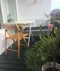 Cosy 2-roomapart w. sunny balcony in hip area - 哥本哈根 - 公寓