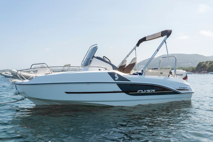 Boat of 150cc for 7 in Corsica - Zonza