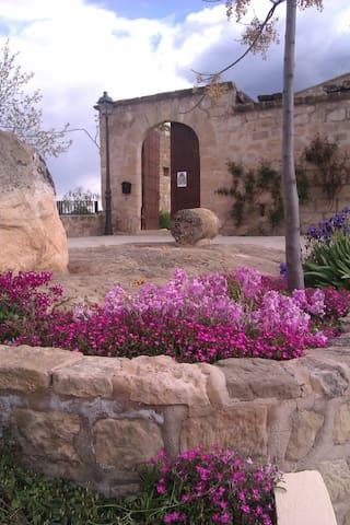 CASTELL PALAU DE TORREBESSES - Torrebesses