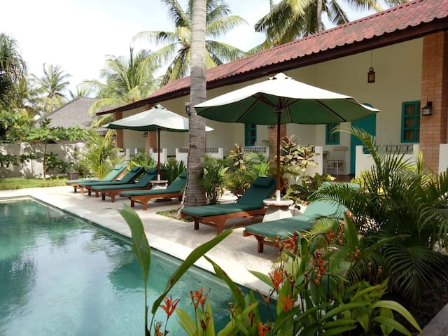 White Coconut Cottage