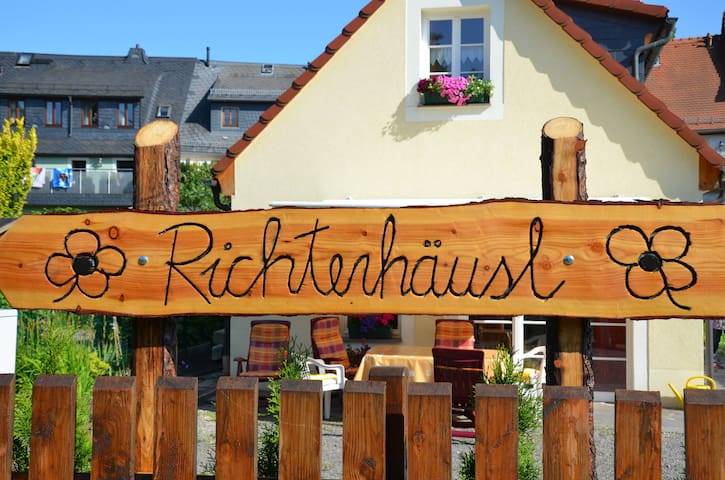 "Ferienhaus ""Richterhäusl"" - DTV 4* - Oederan - House"