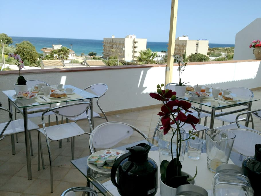 Terrazza.        Good news to all guests!20% OFF ENTIRE STAY IF YOU CONTACT ME PRIOR BOOKING!MYEMAIL: danielehost@outlôók.çòm