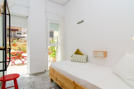 Zalamera B&B :: Single Room - València
