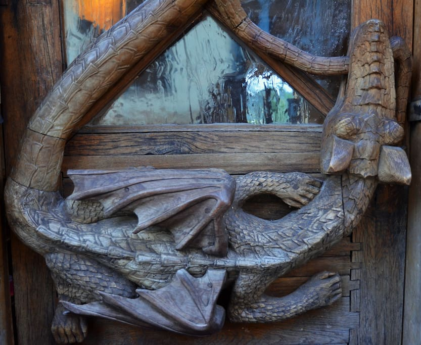 Our dragon door on Rooseveltova 68 will greet you. Ring the bell for service.