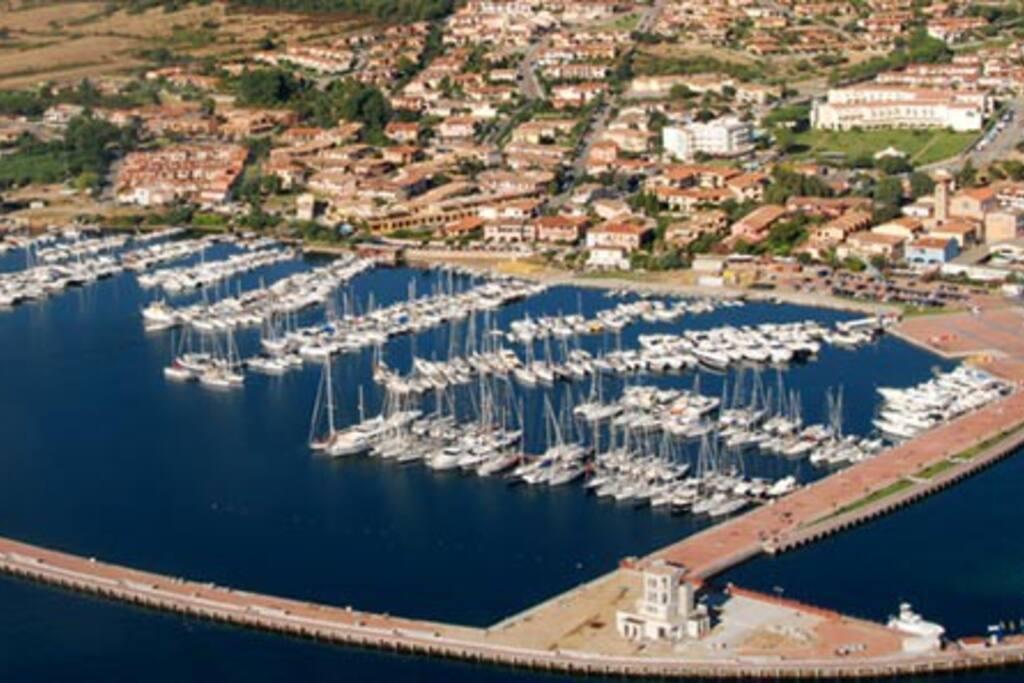 porto turistico cannigione