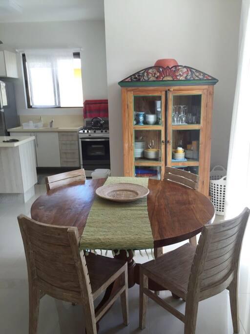Mesa de Jantar / Dining Table