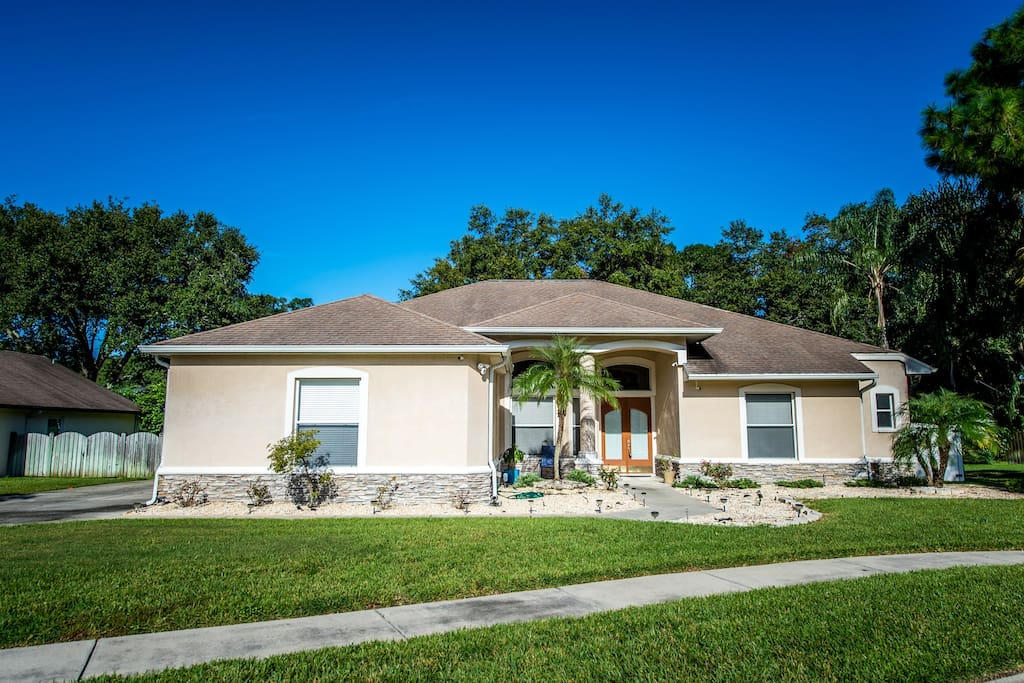 Home is situated on a private cul-de-sac in a beautiful neighborhood.