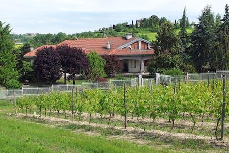 Independent apartment in Monferrato