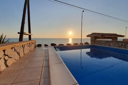 Holiday house with pool in Sicily - Horizon House