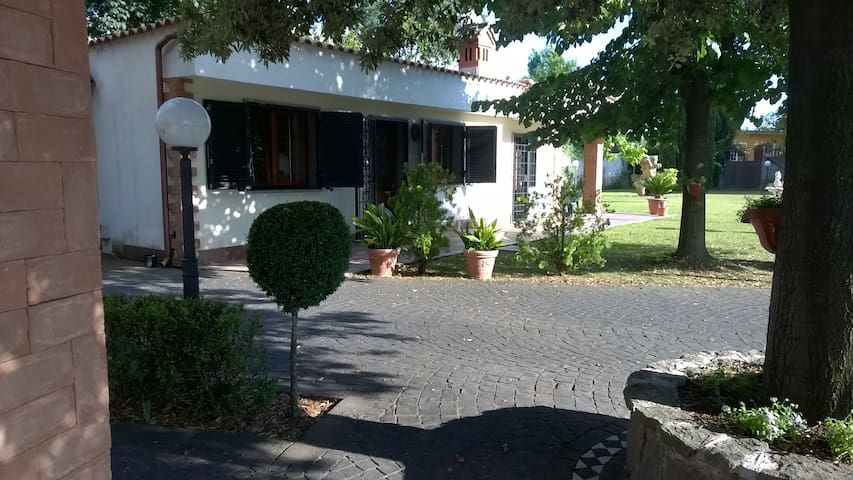 Villetta in villa - Marino - House