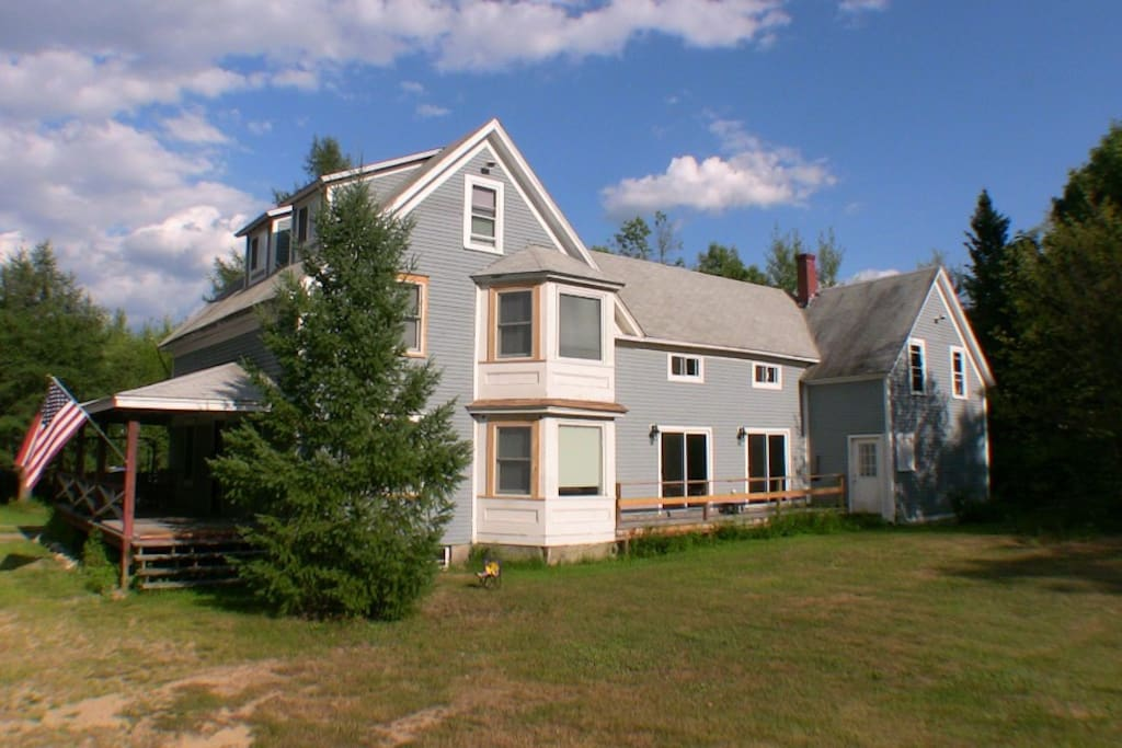 4 bedroom 2 bath home located in the White Mountains of NH