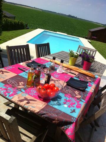 Maison au calme avec piscine - Oupeye - Huis