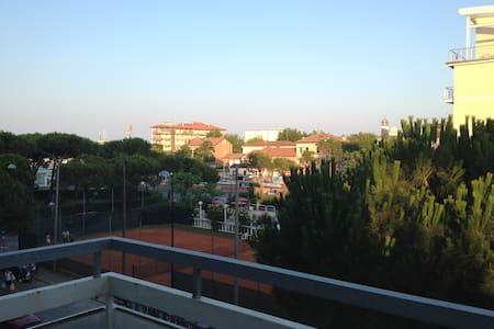 3 camere e 2 bagni a Milano Marittima (A40) - Milano Marittima - Byt
