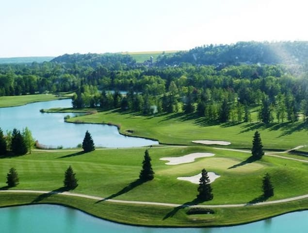 Several golf courses only minutes away.