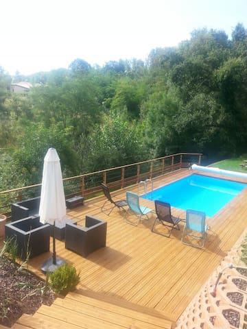 Charming house with swimming pool - Lévignac - House