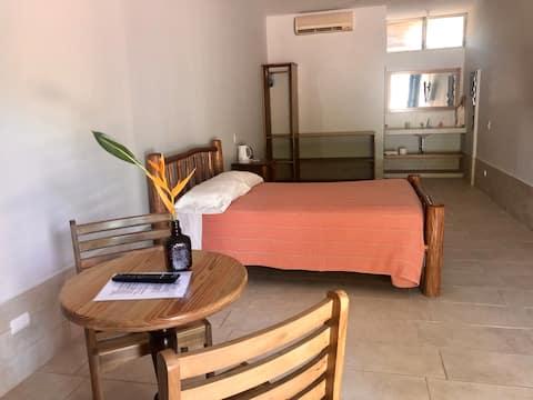 Pto. Barrios, Alegre y Colorido!! Room 2