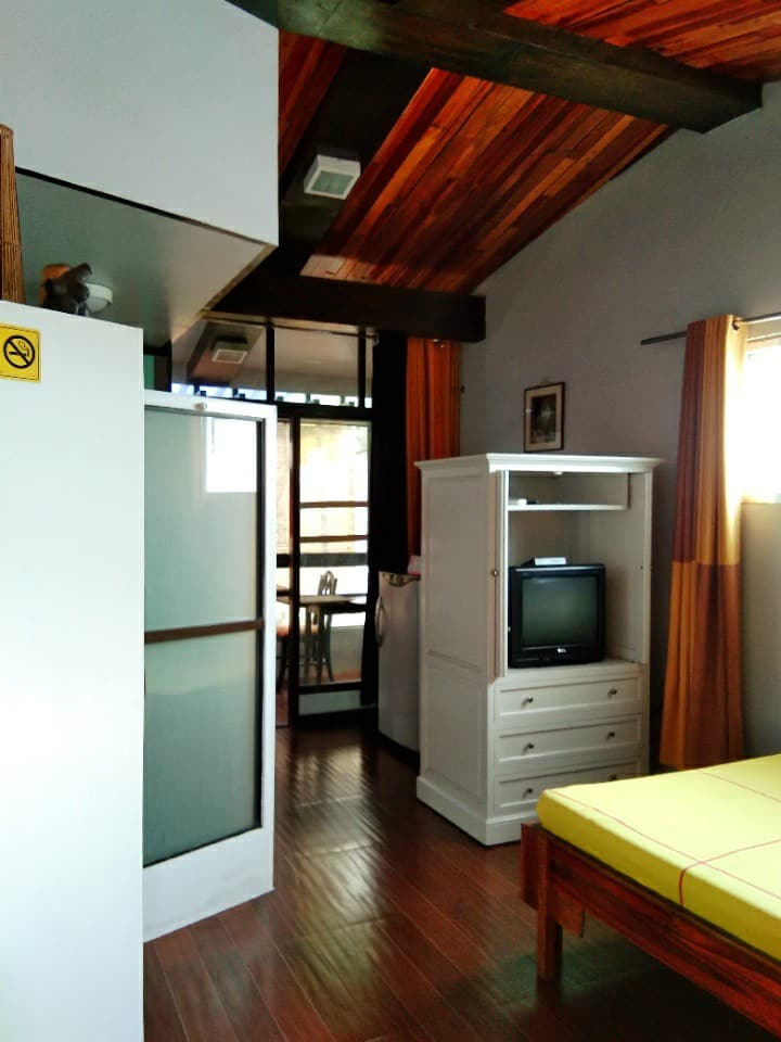 Studio Log Cabin rooms near Sm and Trinoma Mall
