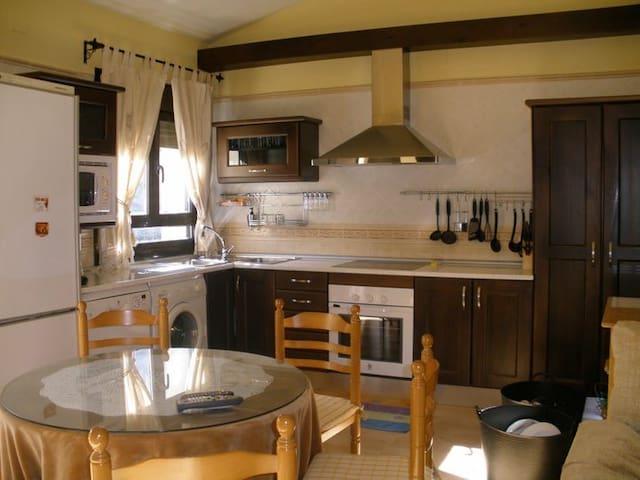 Maravillosa casa a la orilla del rio Jerte - Tornavacas - Casa
