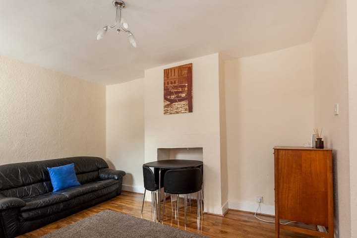 new 4 bed  between Brixton & Clapham -South London